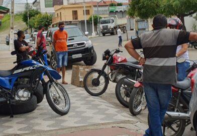 Movimento nas ruas aumenta após reabertura dos bancos